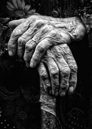 bătrână